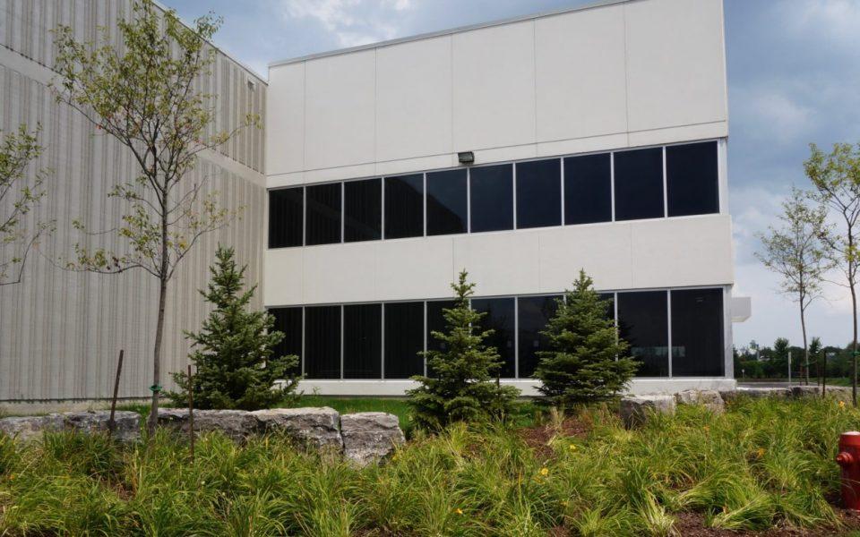 Cambria Design Build, Gineve, 250 Don Hillock Drive, Aurora, Ontario, Exterior